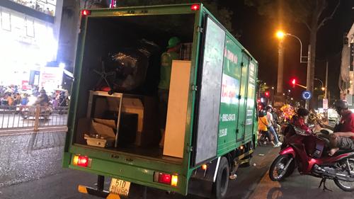 Cho thuê xe tải chở hàng huyện nhà bè